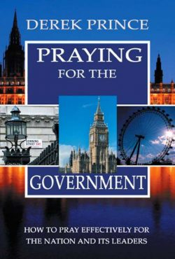 praying-for-the-government